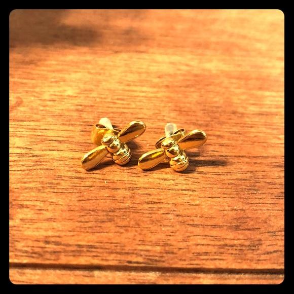 Jewelry - 🐝 stud earrings 🐝